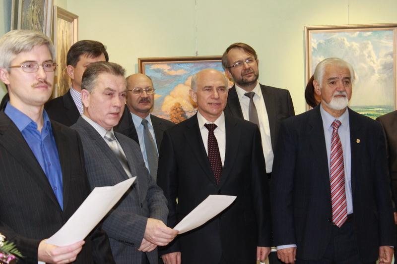 Награждение знаком 80лет красноярскому краю